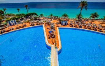 pool sbh club paraiso playa