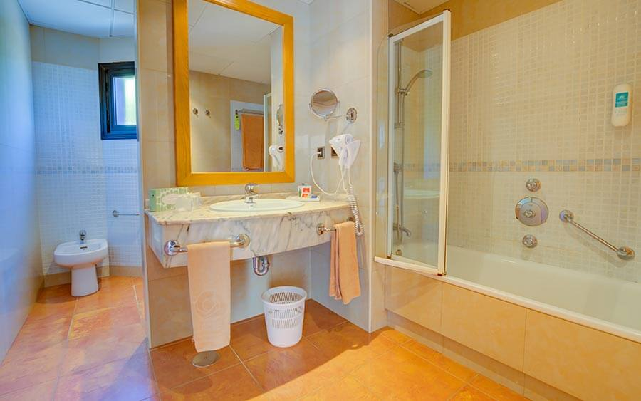 bath suite hotel sbh crystal beach