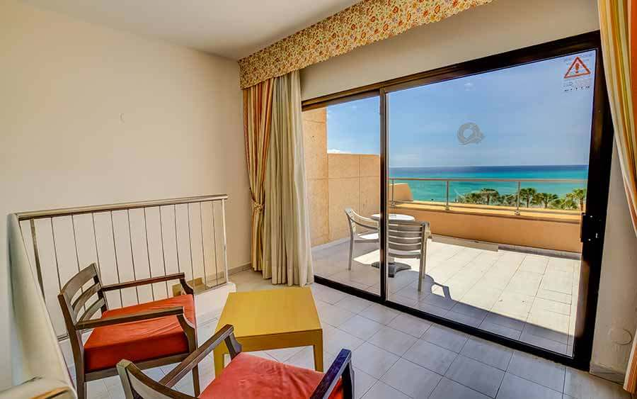 master suite terrace sbh taro beach